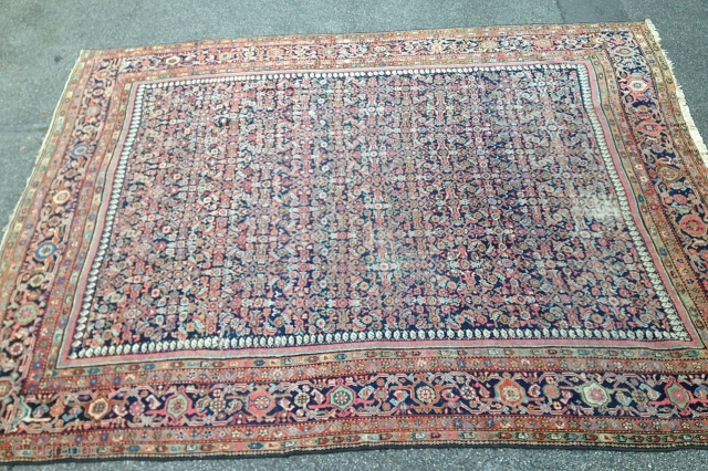ANTIQUE MAHAL Circa 1900-1920 