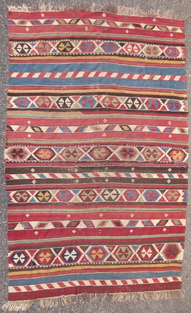 SHIRVAN KILIM