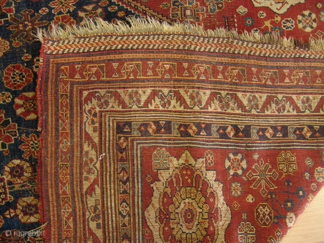 Ghasgai Schiraz  Size 1,40 x 2,28