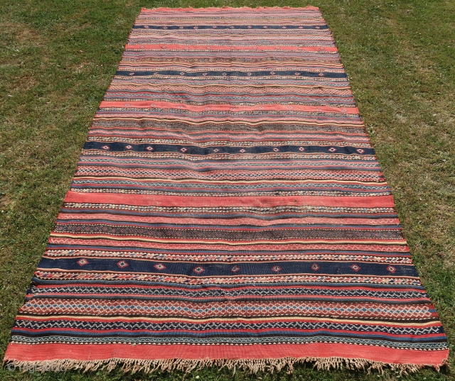 Kurdish ( Anatol.) Kelim, Large, wool on wool ,braided end, cleaned. Natural colored, some corrosion in the black ,good overall condition. ( b.c.) thick.  Ca; 167 cm x 345 cm .   ...