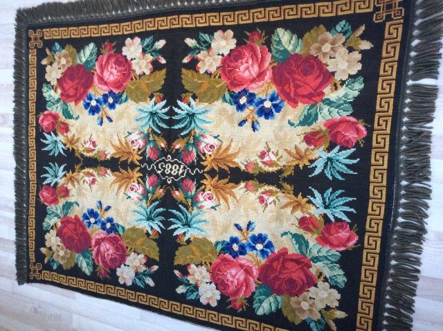 very nice wall rug which is dated 1885 is probably Swedish or Scandinavian in very good condition 166x122