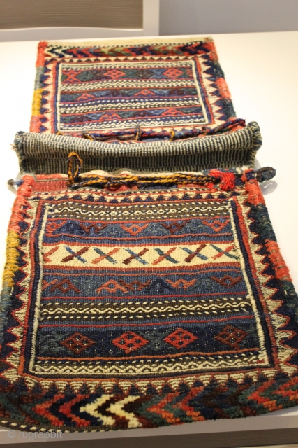 Complete Khorjin 19th Century  Natural colors  Clean and hand washed.all wool  Great condition  size 1.00cm x 0.37cm