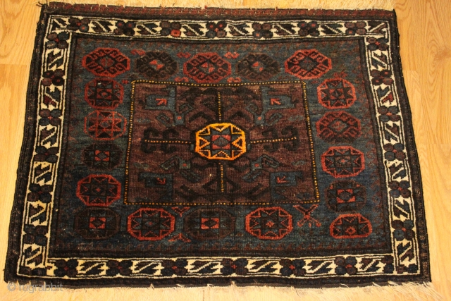 Baluch Very fine bagface  Natural colors Clean and Hand washed 19th Century size 0.60cm x 0.81cm