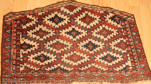Turkmen  Asmalyk Circa 1880 Natural colors Clean and hand washed size 0.97cm x 0.66cm