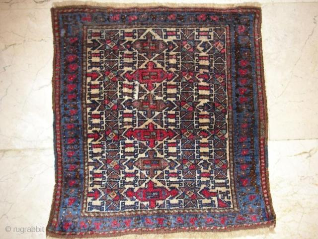 baluch rug late 19 c size:0,49x0,45cm