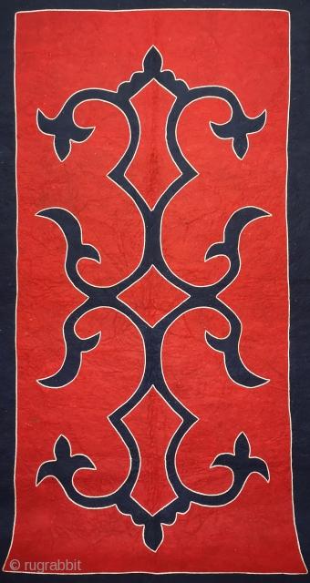 Caucasian Avar Felt Rug Size 132x245 cm / 4'4'' x 8'1''