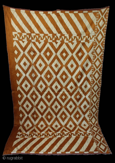 Rare Antique Bagh from West (Pakistan) Punjab India Called As Patang Bagh. Rare Design.Extremely Fine Phulkari. Perfect condition.(DSE00900).