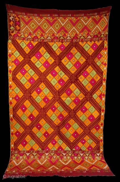 Vintage Phulkari From East (India) Punjab India Called As Suraj Mukhi Bagh. One of the rare design in Indian Phulkari.(DSE01180).