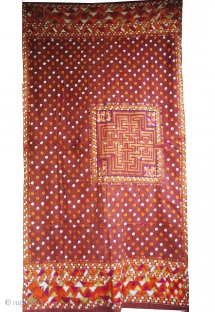 Phulkari from east(India) Punjab, India. known as Mughal Buti Bolbulaiya Phulkari. It is the most rare phulkari found in India. Perfect in condition