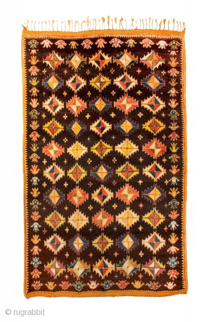 TM 1715, fine pile rug from the Zenaga, Jebel Siroua region, southern Morocco, 1940/50, 260 x 165 cm (8' 8'' x 5' 6'').  www.berber-arts.com