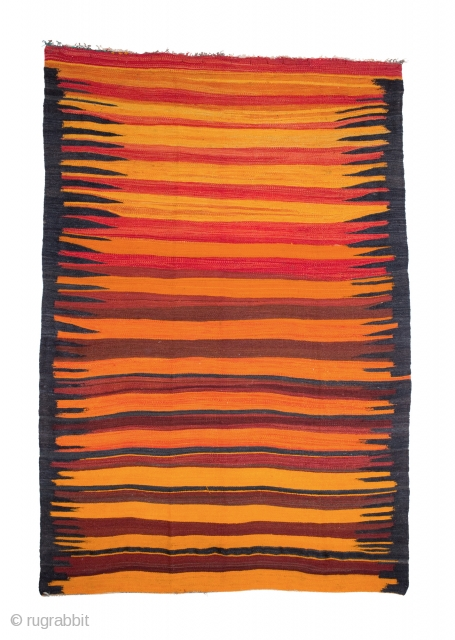 tm 1889, kilim from the region around Beni Mellal / Boujad, Haouz plains, Morocco, 1970, 255 x 180 cm (8' 6'' x 6'). 