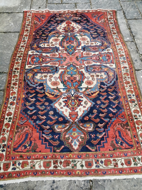 Early 20th century Baktiari rug, with a strikingly bold design and good strong colours, in full pile. 86in by 59in