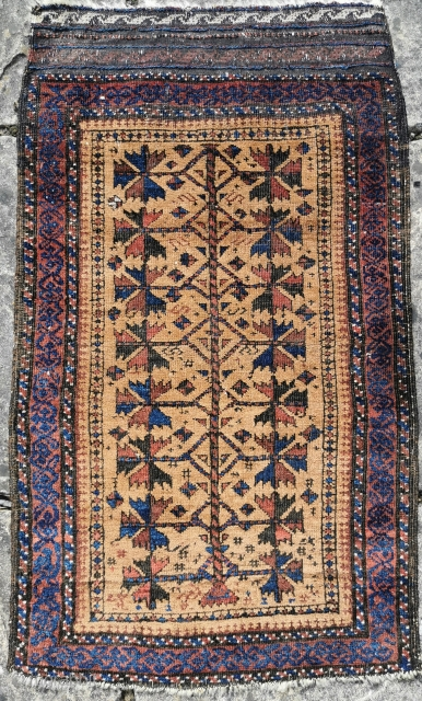 Late 19th century Belouch balisht, good condition, some corrosion to black pile 32in by 19in