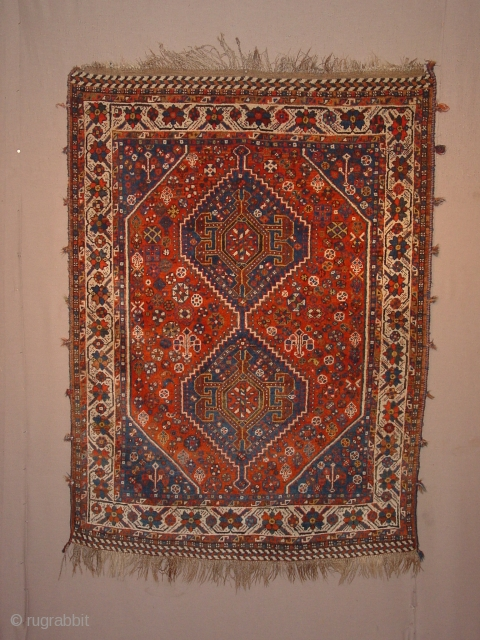 Antique qashqay , kashkuli, in wonderful undamaged condition, original selvedges and its decorations, and complete headends, great pile all over, no problems at all 115x166cm 3.8x5.5ft without the fringes