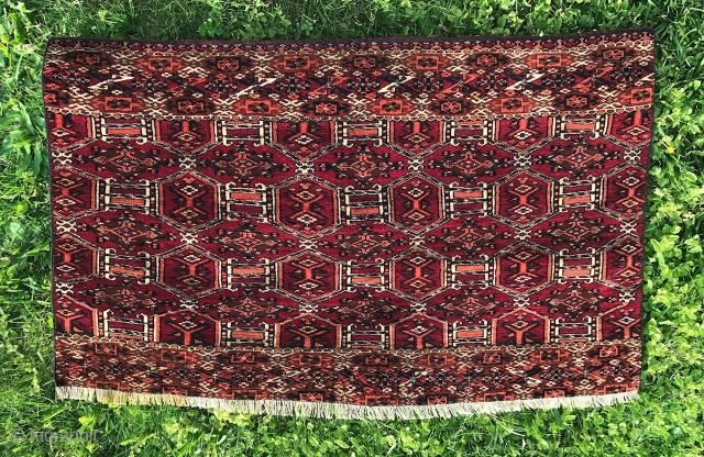 Turkoman Tekke chuval fragment in excellent condition. Very finely woven. Ends secured. Size is 52x82 cm.