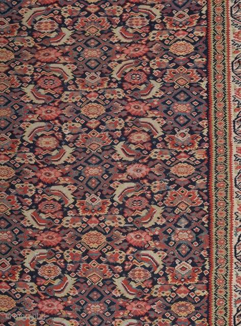 Late 19th Century Very Fine Persian Seneh Kilim size 141x189 cm