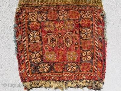 Qashqai Chanteh circa1880 all right color -size 25X44CM with Kilim
