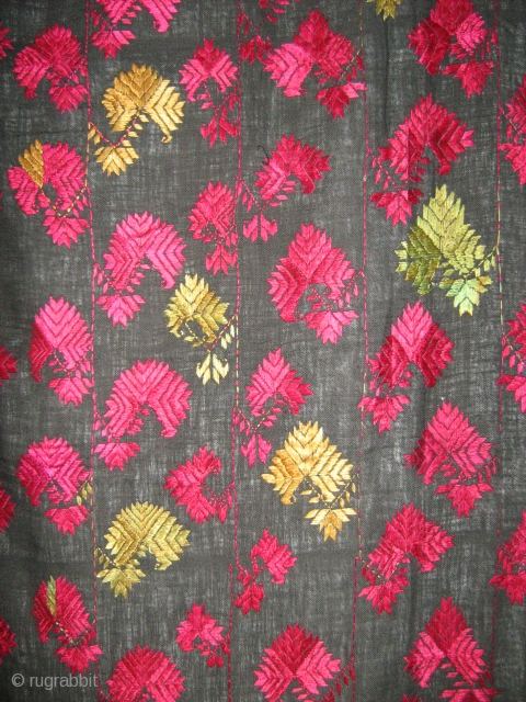 Swat Kohistan shawl,silk embroidery on cotton, almost perfect condition,cm.95x255