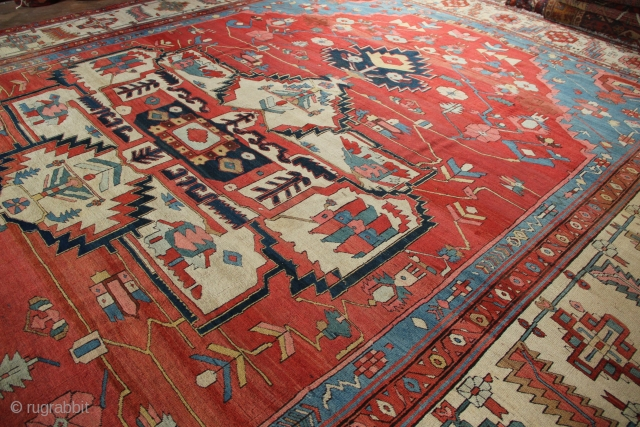 "Superb Bakshiash carpet, late 19th century, in good original pile. 11'9"" x 15'3"""