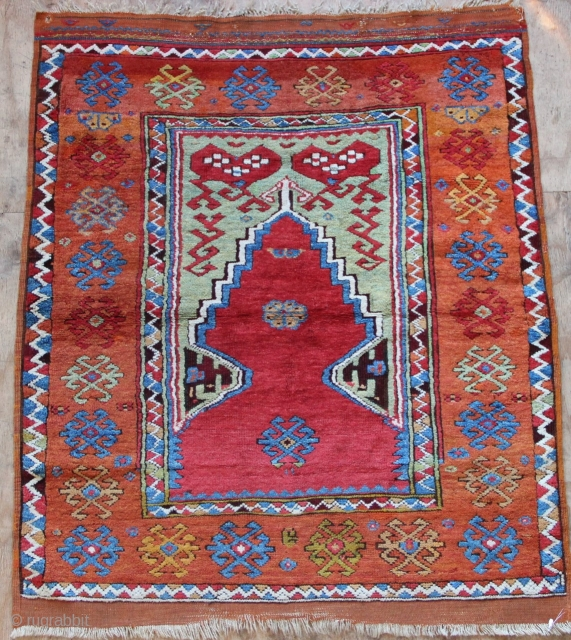 Early 19th century Anatolian prayer rug