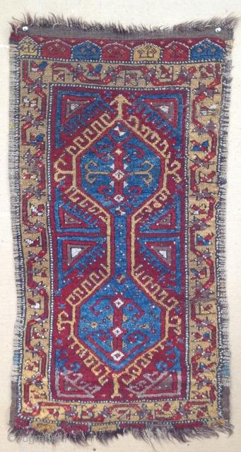 antique yastik in good condition
