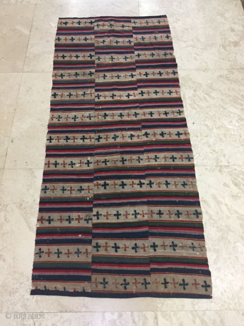 Tibet Tibet wool, s about 1800 years, 168 x73cm size, there are a lot of small holes, in the picture look clear, $320 including shipping fee