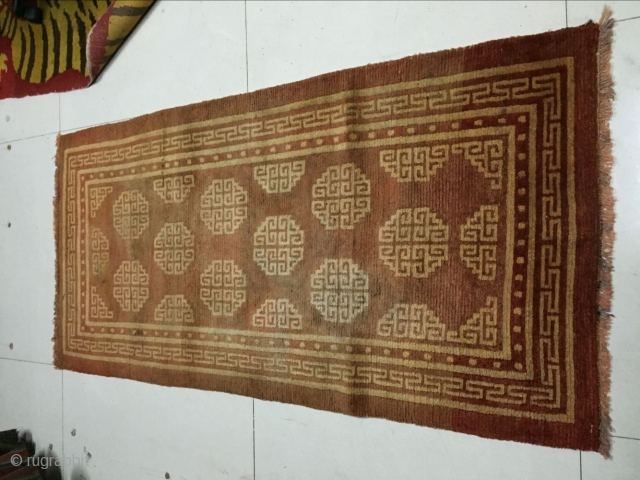 Around 1930, Tibetan carpets, s size 165 cmx85cm, warp weft wool, price concessions