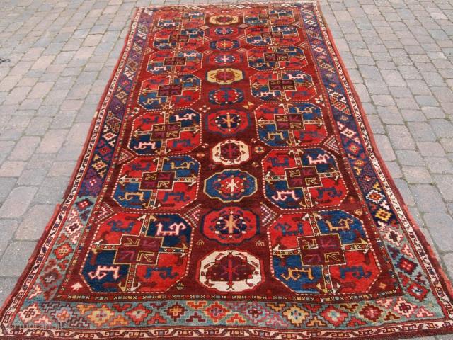 Uzbek Turkmen carpet, Size: 353 x 165cm.