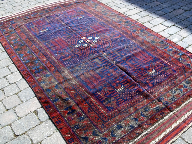 Very early Timuri main carpet, Early 19th century. Size: 275 x 170cm.
