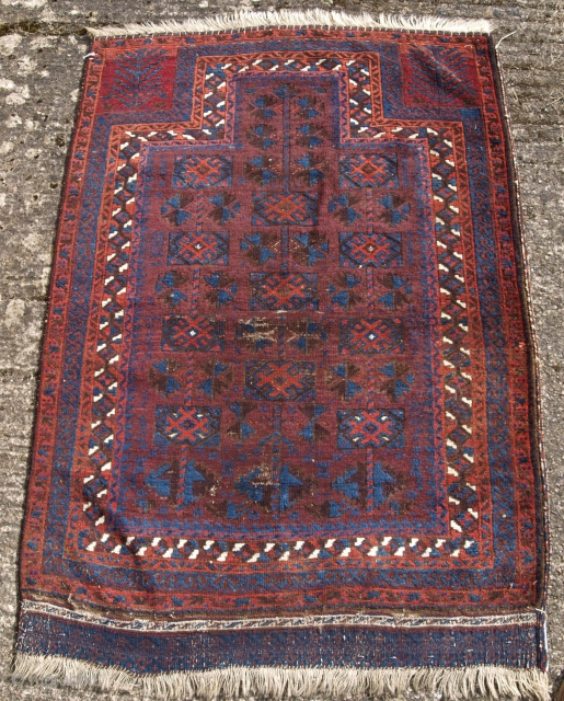 Timuri Baluch prayer rug, size: 122 x 87cm. www.knightsantiques.co.uk