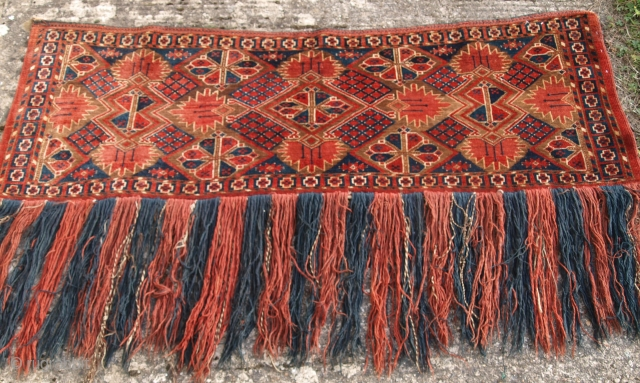 Antique Ersari Beshir Turkmen torba of classic design.  Late 19th century.  Size: 4ft 11in x 1ft 7in (150 x 48cm).  www.knightsantiques.co.uk   An excellent example of Beshir weaving, a classic Beshir design with excellent colour. These  ...