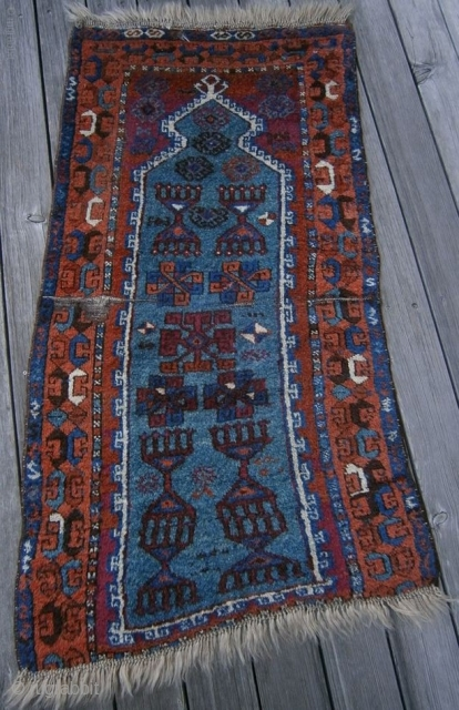 {84} Kurd prayer, 63 x 121 cm, heavy pile, cut&shut, great dyes, good size. 