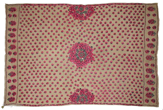 Abochhini Wedding Shawl (Women) from Sindh Region of Undivided India. India, Silk Embroidery on the Silk, c.1900. Its size is 126cmX188cm (DSC07945).
