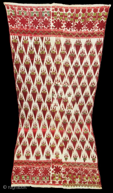 Khanjar Thirma Bagh,Its Phulkari From West(Pakistan)Punjab.India.Known As Khanjar thirma Bagh.C.1900. Its size is 105cmX260cm(DSC07148 New).