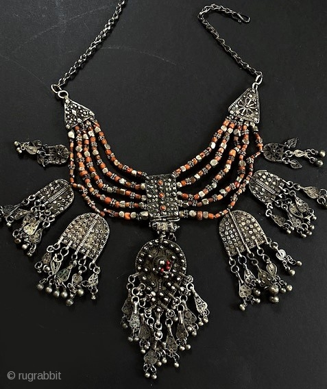 Coral and silver filigree and granulated lazim necklace from Khawlan Saana , Yemen. Late 19th, early 20th c