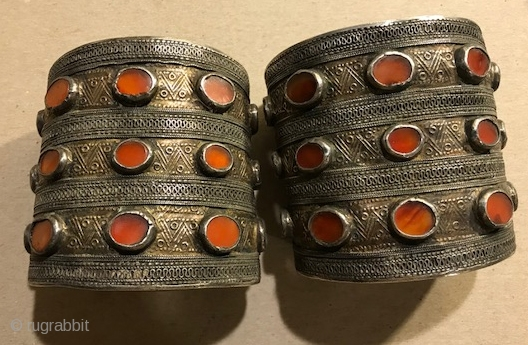 Pair of Yomud cuffs with carnelian and gilding 19th c