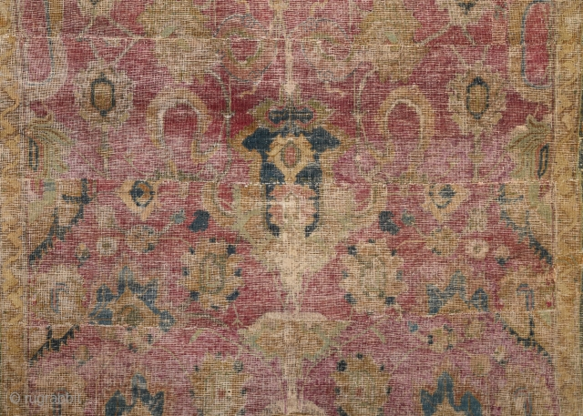 17th Century Ispahan Fragment size 130x165 Cm Please Ask For The Future Images.