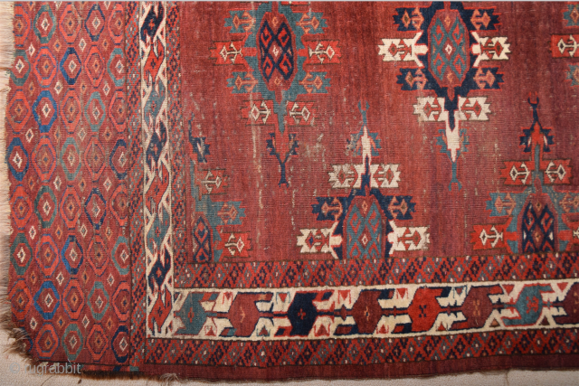 Late 18th Century Turkmen Yamud Main Rug. It Has Unusual Elems and Has Great Thin quality. Size 175 x 305 cm