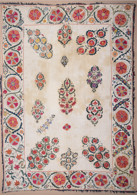 19th Century Central Asia Suzani It's in Perfect Condition Size 160 x 226 cm