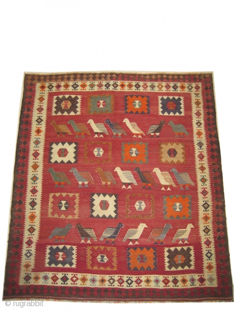"Qashqai kelim Persian, mid 20th century. Size: 179 x 160 (cm) 5' 10"" x 5' 3""  carpet ID: 6682