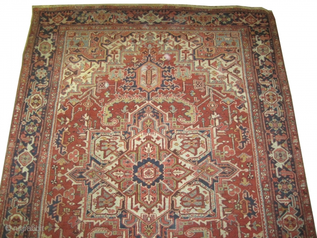 "Serapi Heriz Persian circa 1910 antique. Collector's item, Size: 312 x 224 (cm) 10' 3"" x 7' 4""  carpet ID: P-1902 