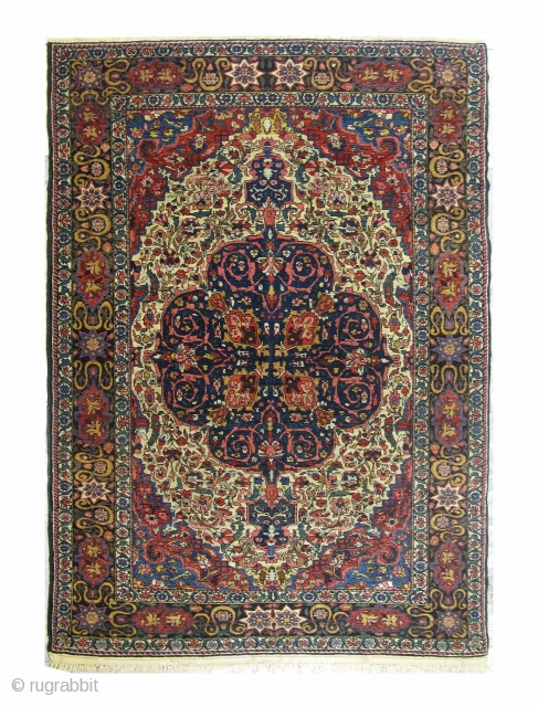 Persian Bakhtiar Ghalicheh, circa 1910, very fine. Size: 205x135 cm, 100% wool pile, natural vegetable dyes, in excellent condition. 