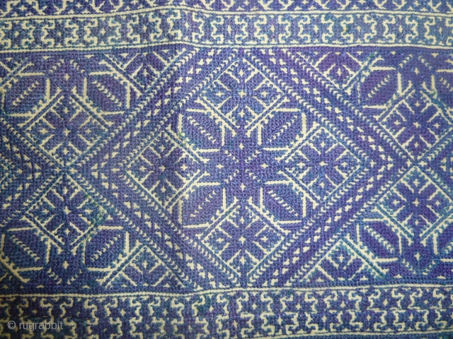 Fine silk embroidered Fez cushion in different blues, 19th cent.