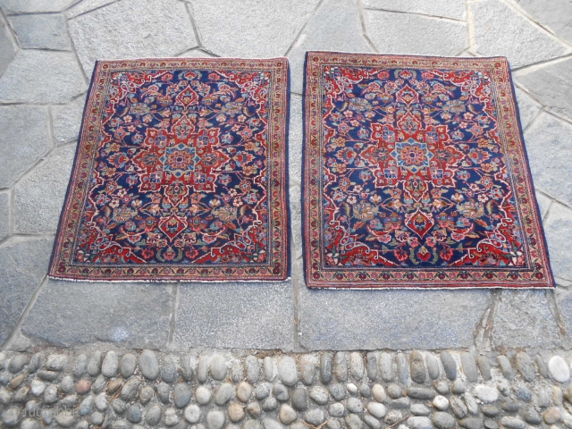 A pair of fine and very old Kashan. Pieces in very good condition. Wool on cotton foundations. Beautiful colours.  Size:  cm. 75 x 86   and  73 x 86  ...