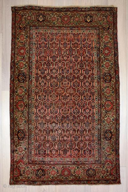 Antique Persian Rug 180x120. 1800s.