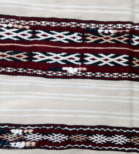 A nice Morocco Berber Woman Handira !