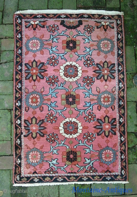Mehriban-- 2 ft 6 x 6 ft 1. Attractive Mina khani variant. We just posted a whole slug of fresh stuff. Check it out @ http://www.montaine-antiques.com/oriental-rugs/