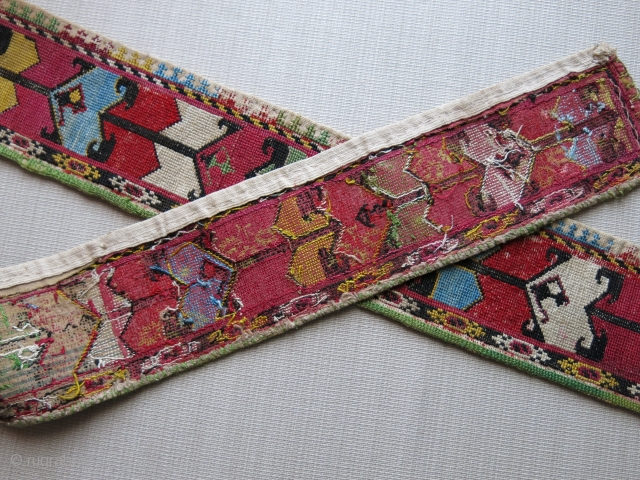"Uzbekistan - Lakai belt, fine silk cross stitch embroidery. Circa 1900 Size : 48"" X over 3"" - 122 cm X 8 cm"