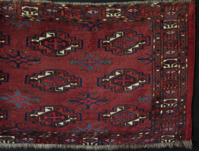 "Turkmen Yomud Torba. Great saturated natural colors. Asymmetrical knots open to left. Size: 20"" x 44"" - 53 cm x 112 cm."