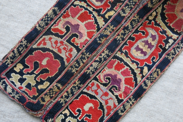 """Uzbekistan Bokhara silk cross stitch embroidered belt, backing ikat has replaced with an old one. natural colors, no wool corrosion. circa 1900 or ealier - size : 30"""" X 3.5""""."""